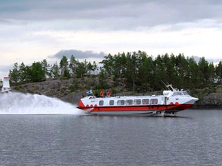 Hydrofoil SuviExpress and car ferry MF Pielinen